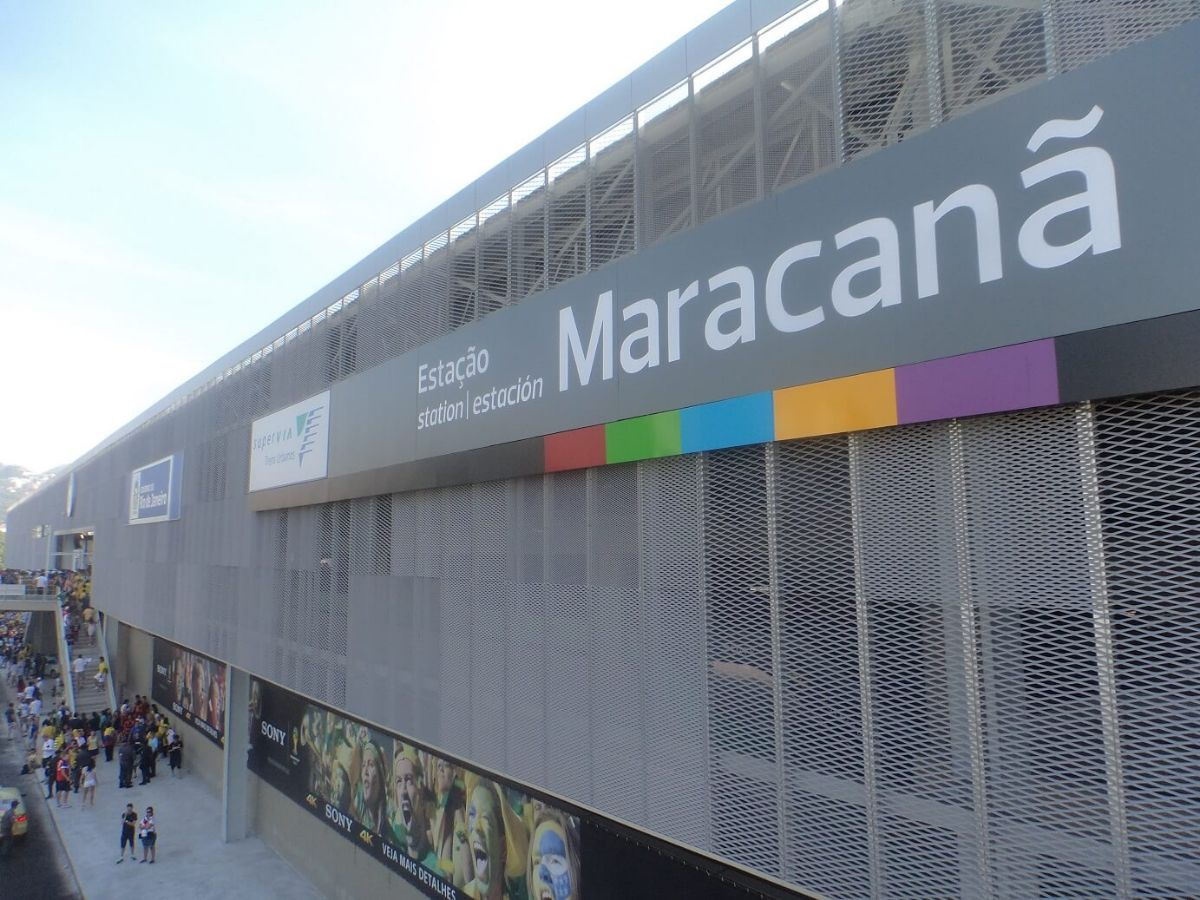 Facade of Maracanã Station Fratelli Mariani